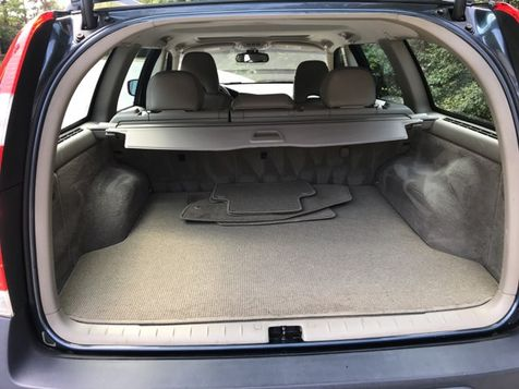 2006 Volvo XC70 AWD 2.5T    Malvern, PA   Wolfe Automotive Inc. in Malvern, PA