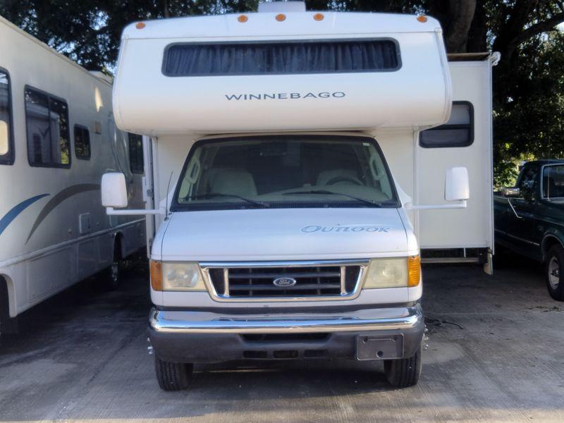 2006 Winnebago Outlook   city FL  Manatee RV  in Palmetto, FL