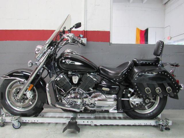 2006 Yamaha V-Star XV1100 in Dania Beach , Florida 33004