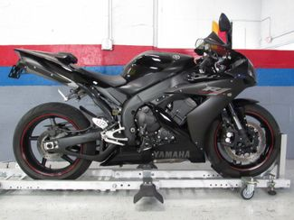 2006 Yamaha YZFR1 in Dania Beach , Florida 33004