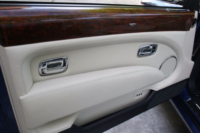 2007 Bentley Azure Convertible Houston, Texas 23