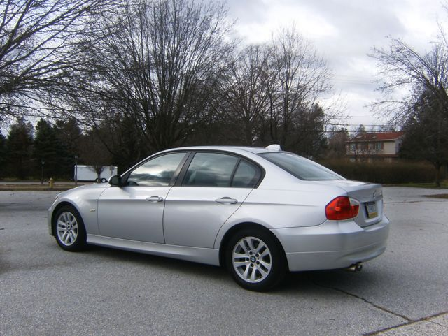 2007 BMW 328i West Chester, PA 3