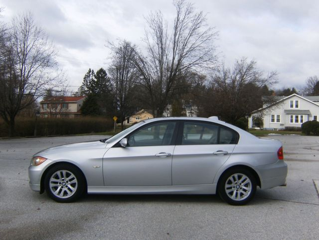 2007 BMW 328i West Chester, PA 4