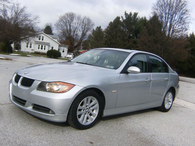 2007 BMW 328i West Chester, PA 5