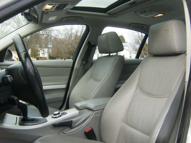 2007 BMW 328i West Chester, PA 7