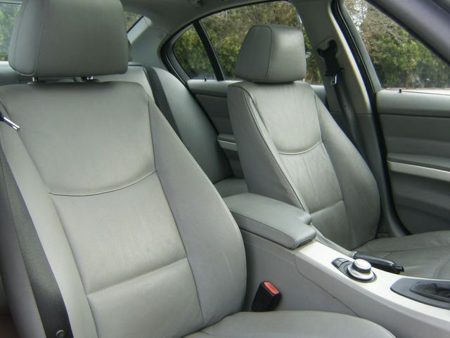 2007 BMW 328i West Chester, PA 8