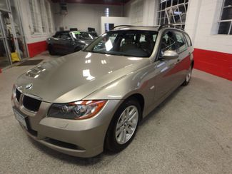 2007 Bmw 328xi Sharp & CLEAN WAGON. RARE LOW MILE FIND! Saint Louis Park, MN 8