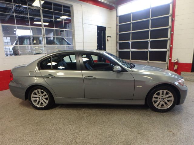 2007 Bmw 328xi, Tight COLOR, AWESOME SPORT SEDAN! Saint Louis Park, MN 1