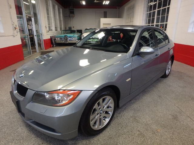 2007 Bmw 328xi, Tight COLOR, AWESOME SPORT SEDAN! Saint Louis Park, MN 7
