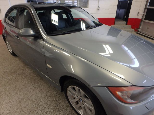 2007 Bmw 328xi, Tight COLOR, AWESOME SPORT SEDAN! Saint Louis Park, MN 24