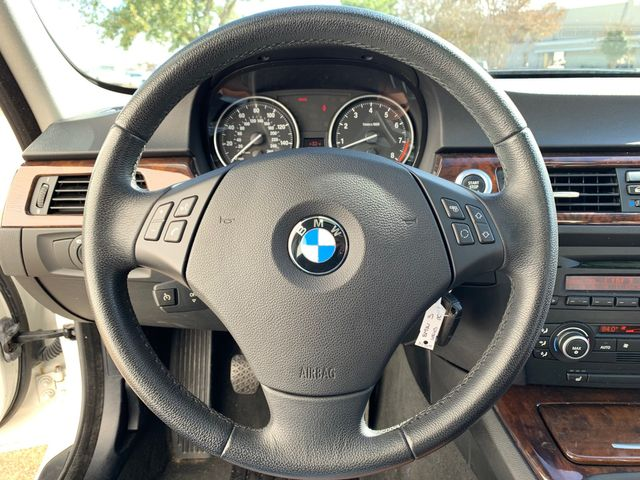 2007 BMW 335i 6 Speed Manual in Addison, TX 75001