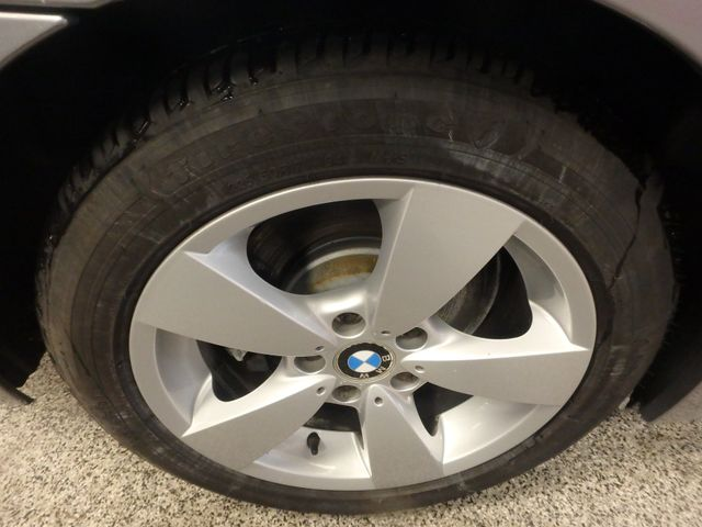 2007 Bmw 530 Xi, Awd, Completely LOADED, STUNNING PEANUT BUTTER INT. Saint Louis Park, MN 31