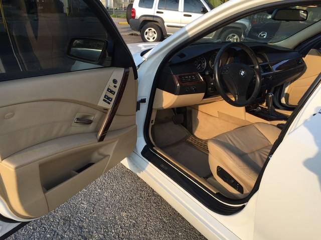 2007 BMW 530i Houston, TX 17