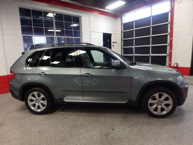 2007 Bmw X5 4.8 Awd. Loaded BACKUP CAMERA, LARGE MOONROOF Saint Louis Park, MN 1