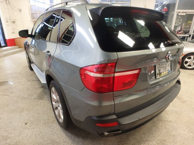 2007 Bmw X5 4.8 Awd. Loaded BACKUP CAMERA, LARGE MOONROOF Saint Louis Park, MN 9