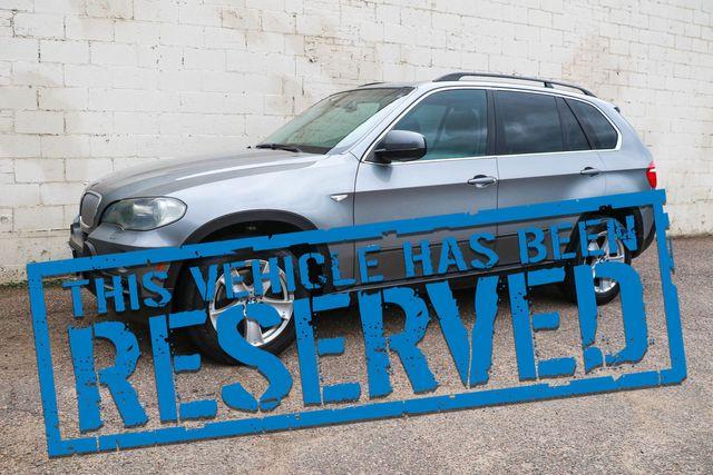 2007 BMW X5 xDrive 48i AWD V8 Sport-Luxury SUV w/3rd Row Seats, Nav, Heated Seats & Panoramic Roof
