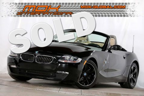 2007 BMW Z4 3.0i - Sport pkg - Manual transmission! in Los Angeles