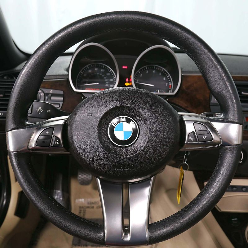 2007 BMW Z4 30i - Sport pkg - Manual transmission  city California  MDK International  in Los Angeles, California