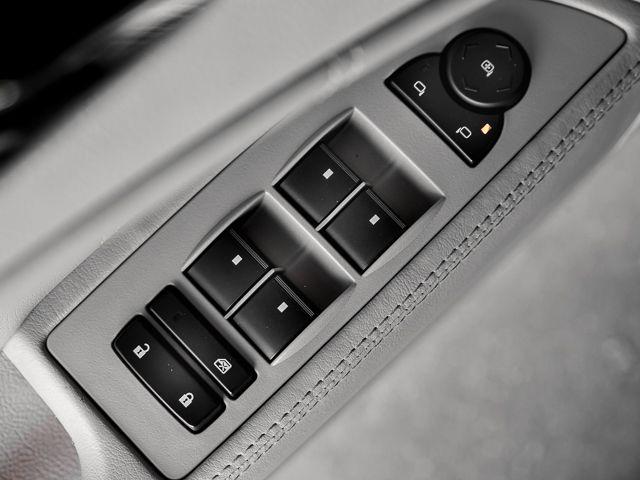 2007 Buick Lucerne V6 CXL Burbank, CA 17