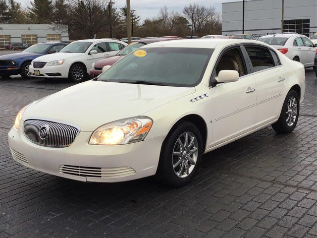 2007 Buick Lucerne V8 CXL | Champaign, Illinois | The Auto Mall of Champaign in Champaign Illinois