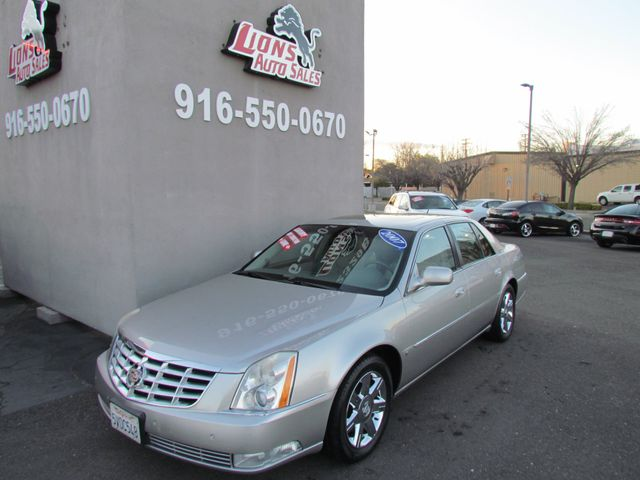 2007 Cadillac DTS Luxury I clean in Sacramento, CA 95825