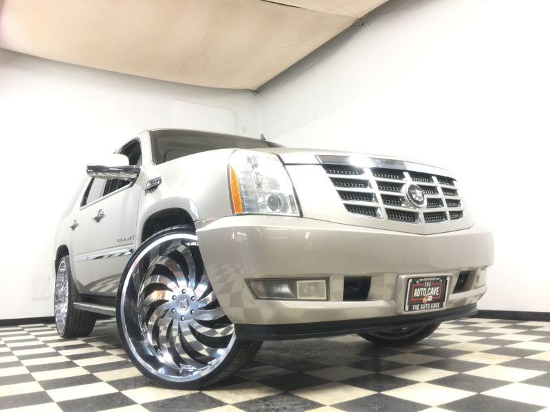 2007 Cadillac Escalade *98k Miles*Custom Modifications*MUST SEE*   The Auto Cave