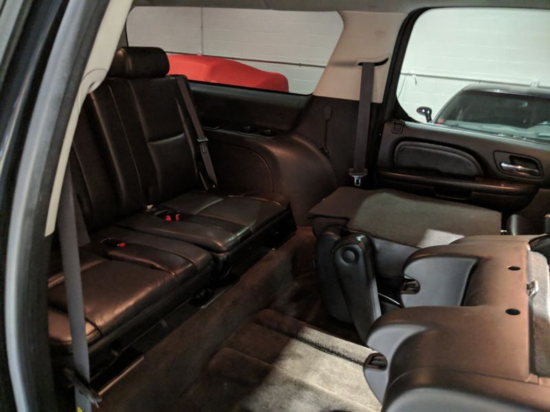 2007 Cadillac Escalade ESV  Lake Forest IL  Executive Motor Carz  in Lake Forest, IL