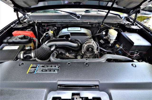 2007 Cadillac Escalade EXT in Reseda, CA, CA 91335