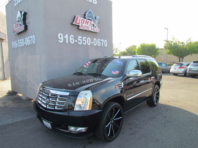 2007 Cadillac Escalade Very Clean in Sacramento, CA 95825