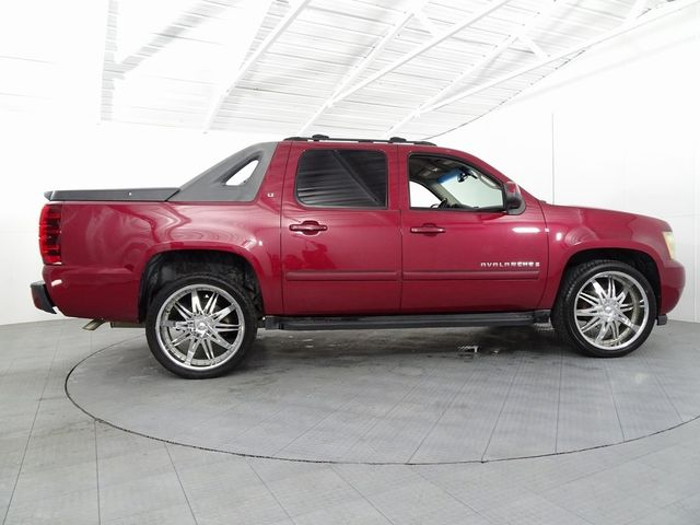 2007 Chevrolet Avalanche 1500 LT in McKinney, Texas 75070