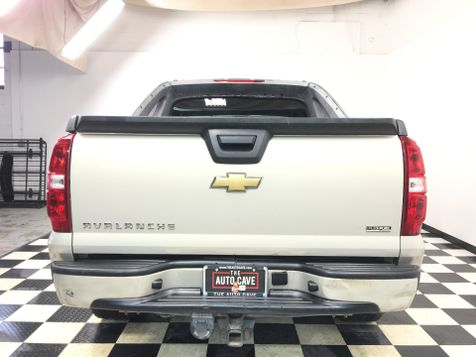 2007 Chevrolet Avalanche *Easy Payment Options* | The Auto Cave in Addison, TX