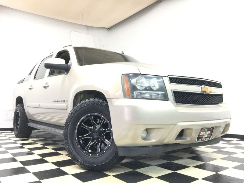 2007 Chevrolet Avalanche *Easy Payment Options*   The Auto Cave in Addison