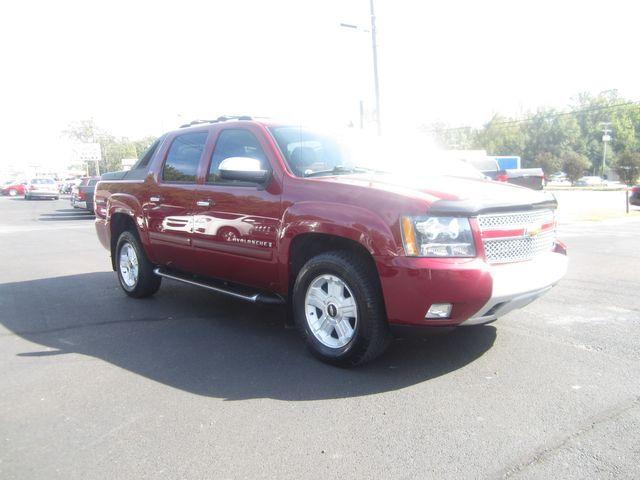 2007 Chevrolet Avalanche LT w/3LT Batesville, Mississippi 3