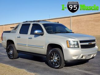 2007 Chevrolet Avalanche LT w/3LT in Hope Mills, NC 28348