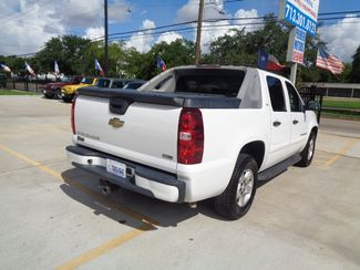 2007 Chevrolet Avalanche LS  city TX  Texas Star Motors  in Houston, TX