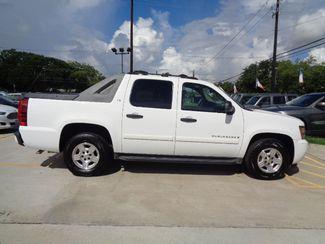 2007 Chevrolet Avalanche LS  city TX  Texas Star Motors  in Houston, TX