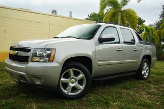 2007 Chevrolet Avalanche LTZ in Lighthouse Point FL