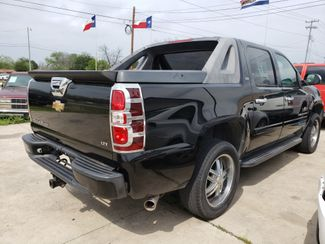 2007 Chevrolet Avalanche LS  city TX  Randy Adams Inc  in New Braunfels, TX