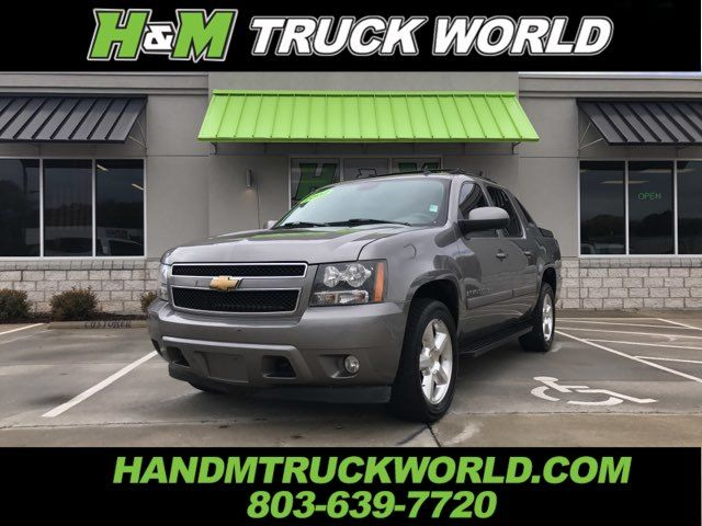 2007 Chevrolet Avalanche LTZ 4X4 *NAV*ROOF*ENTERTAINMENT* LOADED AND SHARP