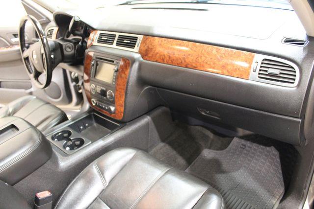 2007 Chevrolet Avalanche 4x4 LTZ in Roscoe IL, 61073