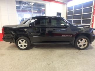 2007 Chevrolet Avalanche LT. NEW TIRES,FULLY  SERVICED, VERY CLEAN & SHARP Saint Louis Park, MN 1