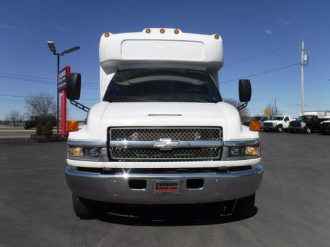 2007 Chevrolet C5500 25 Passenger Shuttle Bus in Ephrata, PA