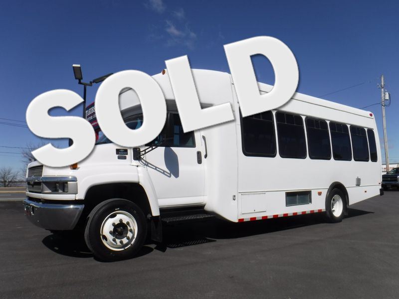 2007 Chevrolet C5500 25 Passenger Shuttle Bus in Ephrata PA