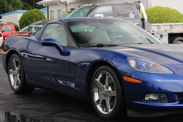 2007 Chevrolet Corvette 2LT - LESS THAN 14K MILES - NAVIGATION Mooresville , NC 24