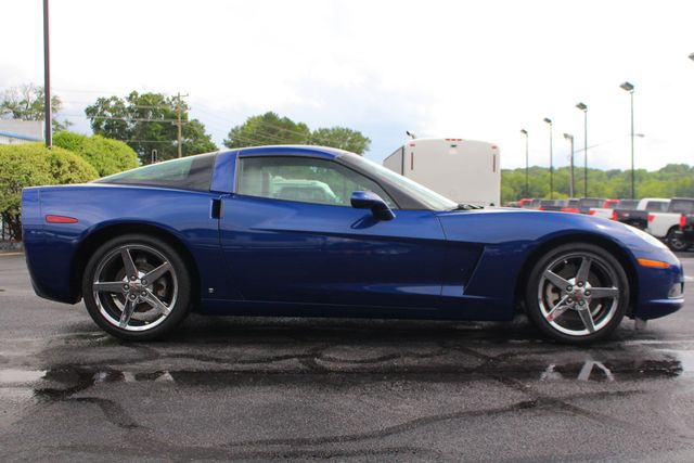 2007 Chevrolet Corvette 2LT - LESS THAN 14K MILES - NAVIGATION Mooresville , NC 12