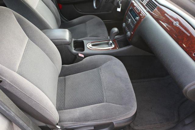 2007 Chevrolet Impala 3.5L LT Santa Clarita, CA 14
