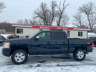 2007 Chevrolet Silverado 1500 LT w/1LT in Coal Valley, IL 61240