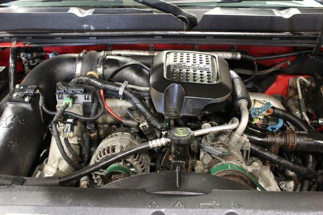 2007 Chevrolet Silverado 2500HD diesel 4x4 LT w/2LT in Roscoe, IL 61073