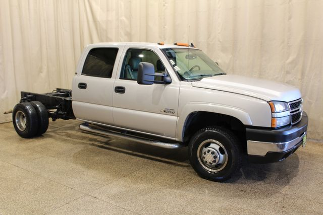 2007 Chevrolet Silverado 3500 Classic 4x4 Cab and chassis