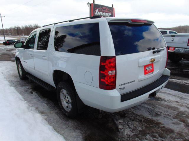 2007 Chevrolet Suburban LT Alexandria, Minnesota 3
